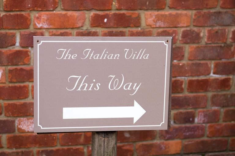 Dorset Wedding Photographer - The Italian Villa, Poole (11)